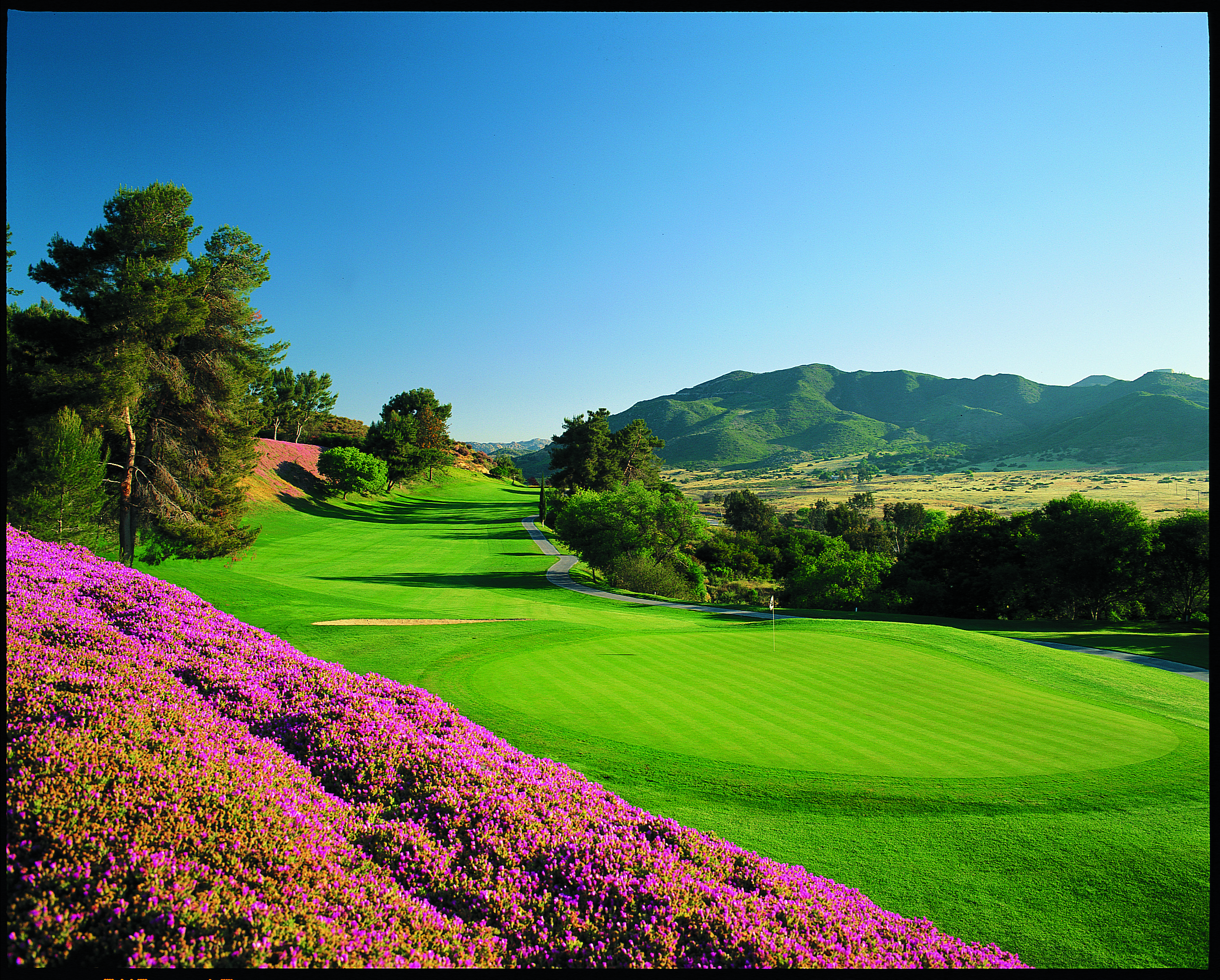 Located in Fallbrook, Pala Mesa Golf Resort is easily accessible via the scenic I-15 corridor connecting Los Angeles and Orange counties to San Diego.